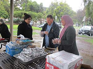 Franciscans and local Muslims team up to feed the homeless in Corona