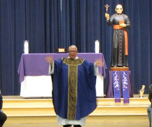 Growing new Eastvale parish unveils statue of patron, Blessed Oscar Romero
